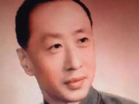 蒋介石最欣赏的命理师,袁树珊!