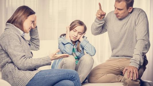 八字太强的原生家庭会给孩子带来消极影响!