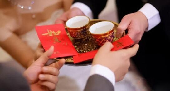13个传统民间结婚习俗,婚礼上千万要注意!