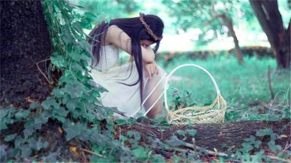 哪种女人最容易婚姻不幸?命里带这个符号的女命大多婚姻不幸,难逃离婚!
